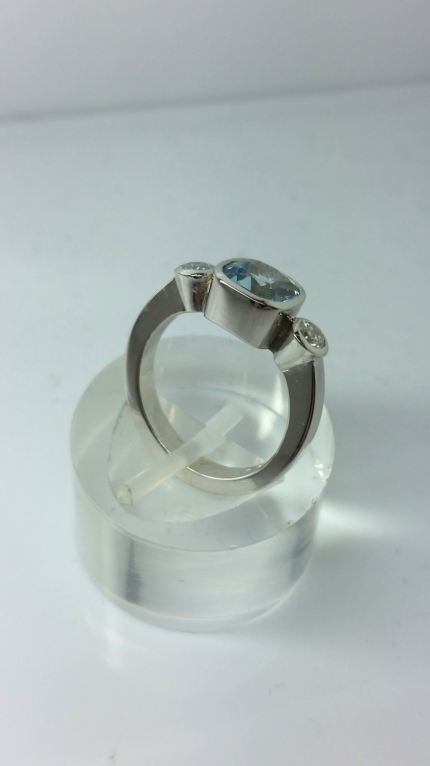yvonne ross engagement alternative new blog rings alernative aqua