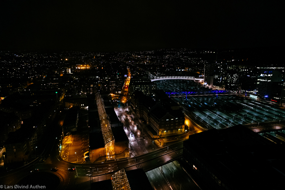 Staying at 31st floor gave me a nice view. This shot is taken with Fujfilm X-Pro1 + XF 14mm lens