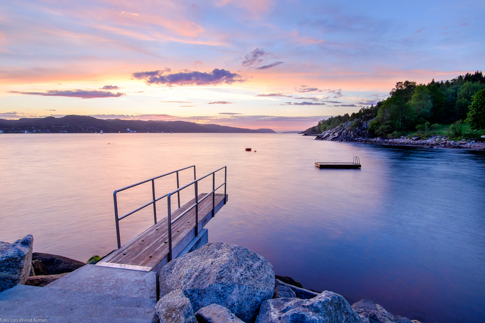 Fujifilm X-T1 + Samyang 12mm f/2.0 at sunset, at Krok strand, Vestby, in the Oslo fjord. Early summer.