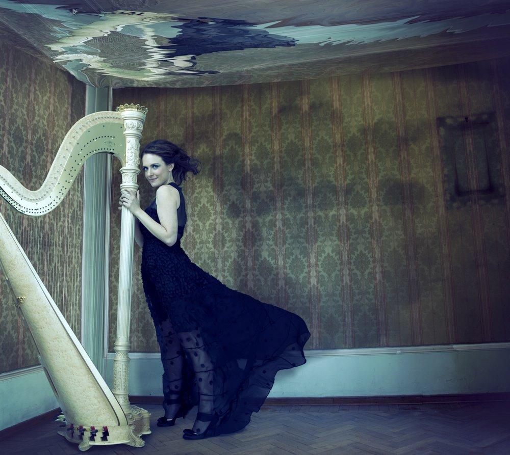 Katie with Harp 1500px.jpg