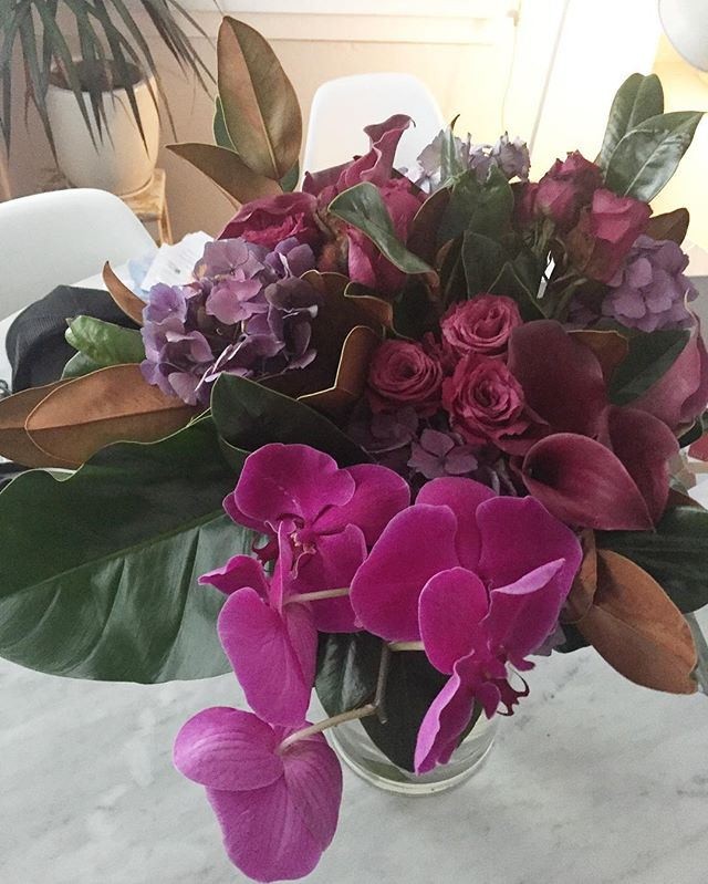It's been a rough week. These beauties helped a bit 💜 Thanks my love @gt_dj 💋