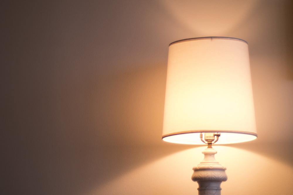Lamp_9x6.jpg