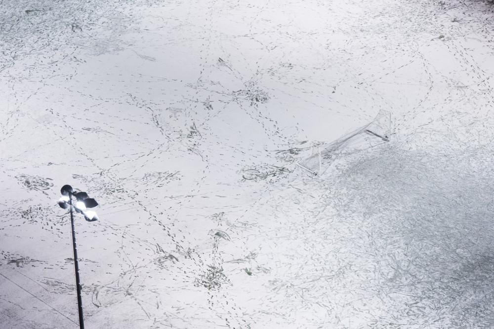 SnowFieldEmpty_9x6.jpg