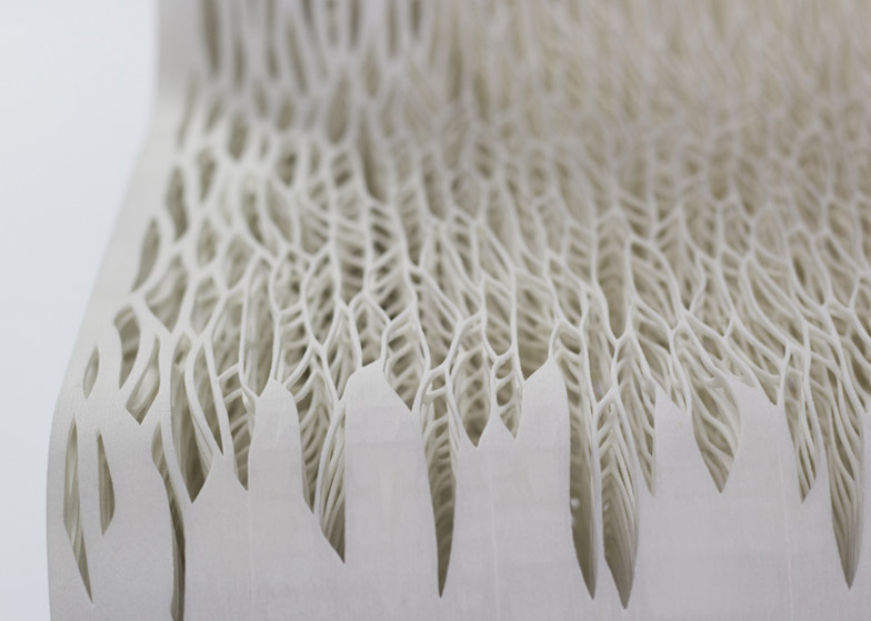 Biomimicry_3D_printed_soft_seat_by_Lilian_Van_Daal_dezeen_784_7.jpg