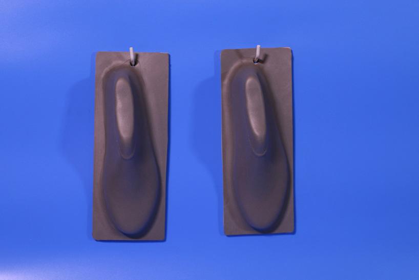lou-moria-vacuum-forming-shoe-last-21986-designboom-03.jpg