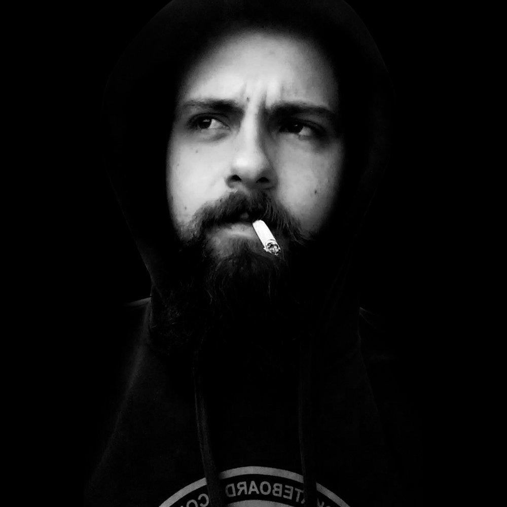 DOGCAST 002 Artist: MARLON KAMPFF Genre:Deep House,Techno Country: Brazil