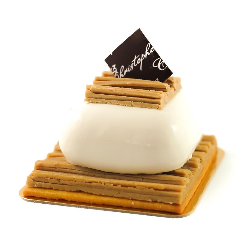 mont Blanc - Pureed sweetened chestnuts, chestnut mousse and vanilla cream with a bergamot honey sponge$6.20