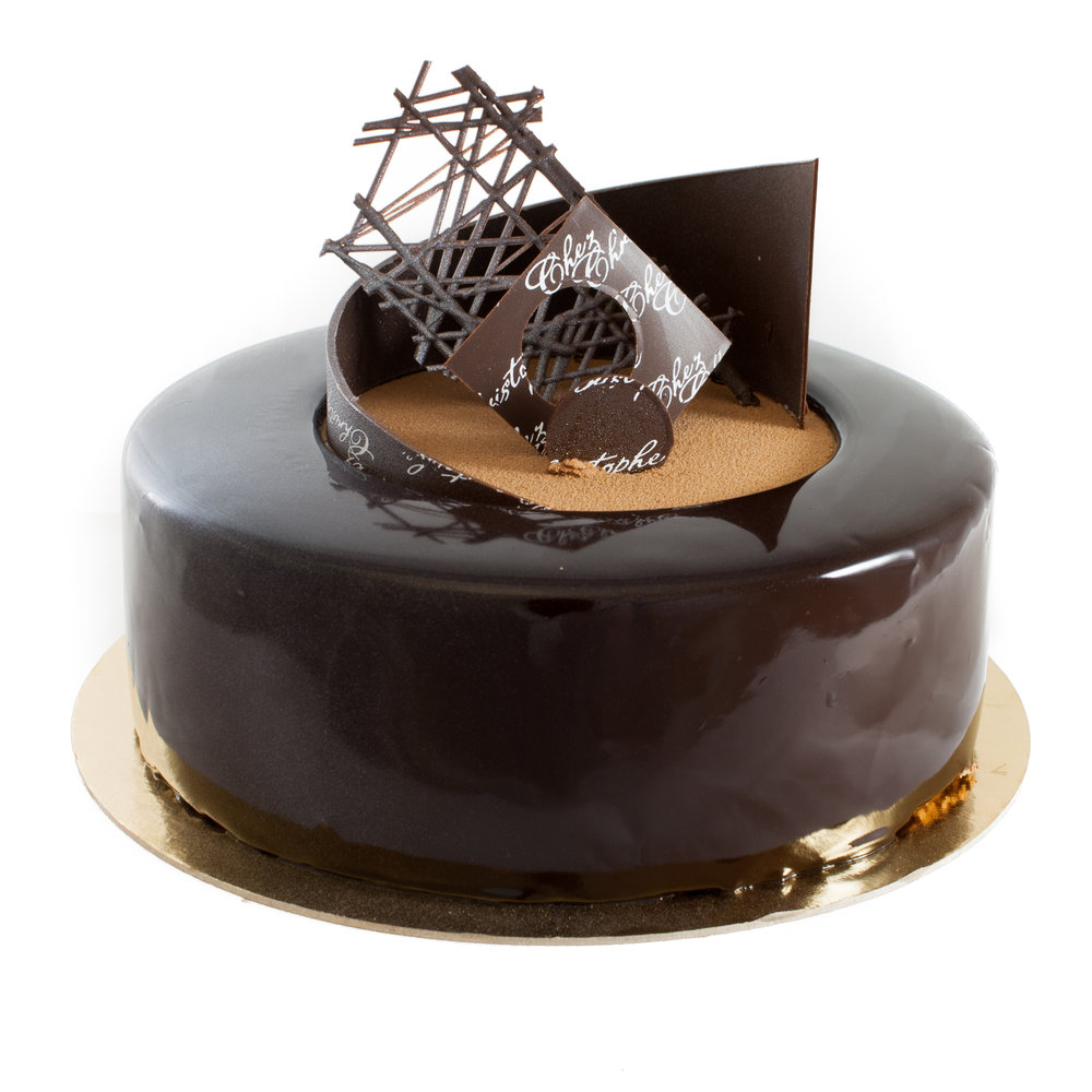 Duo - Orange cream, orange marmalade, dark chocolate mousse with hazelnut crunch on a base of chocolate spongeAvailable in:4-5 servings $24.956-7 servings $29.958-9 servings $42.50