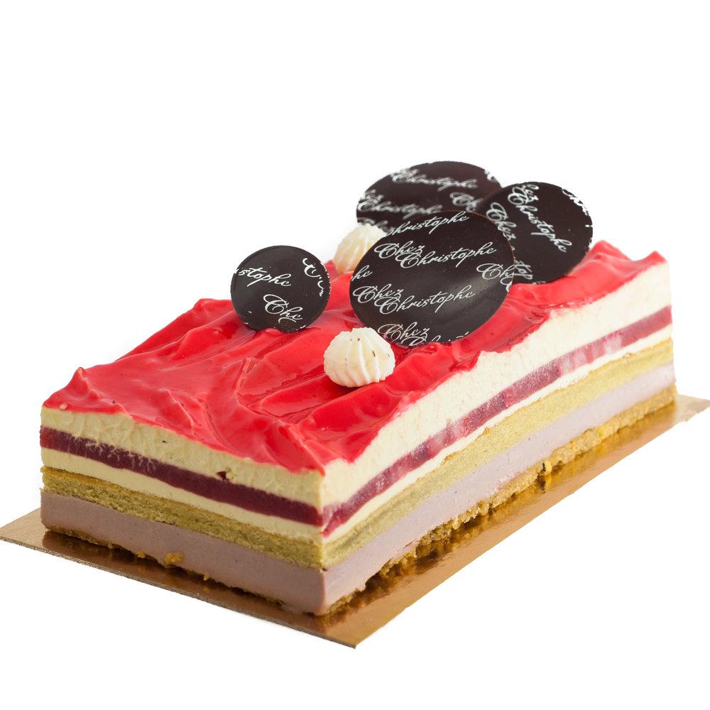 Fraise Pistache - Pistachio cream with a heart of strawberry confit on a pistachio crunchAvailable in:4-5 servings $24.956-7 servings $31.4510 serving $44.9520 servings $89.9030 serving $134.70