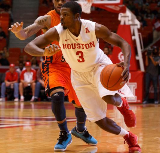 2014-15 - University of Houston (NCAA D1 - AAC)6.5 PPG - 38.0 FG%- 32.9 3P%-76.5 FT%Season High:20 Points vs. Tulane (3/12)