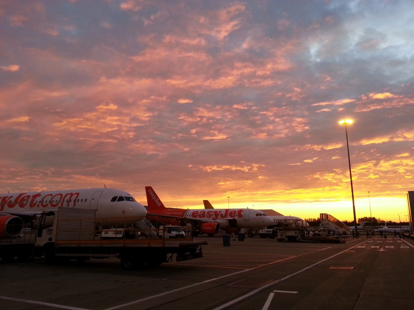 at London Luton Airport (LTN)  by  Ilsun Moon  on  EyeEm