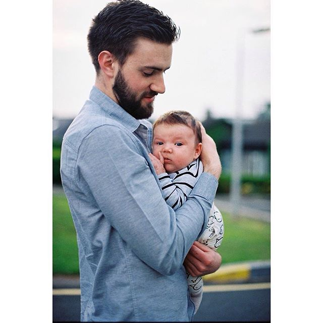 Happy first Father's Day to this wonderful human. ❤️ @richb998 #tadhgthetiger