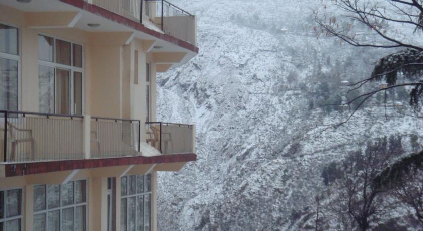 Hotel Villa Paradiso Dharamshala 01.jpg