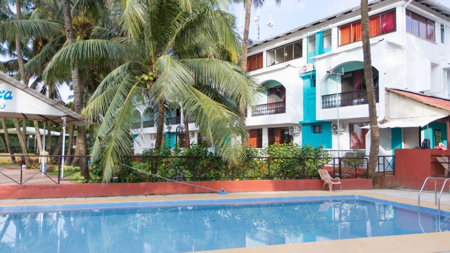 Pooll_1_Swimsea_Beach_Resort_Goa_j29lid.jepg.jpg