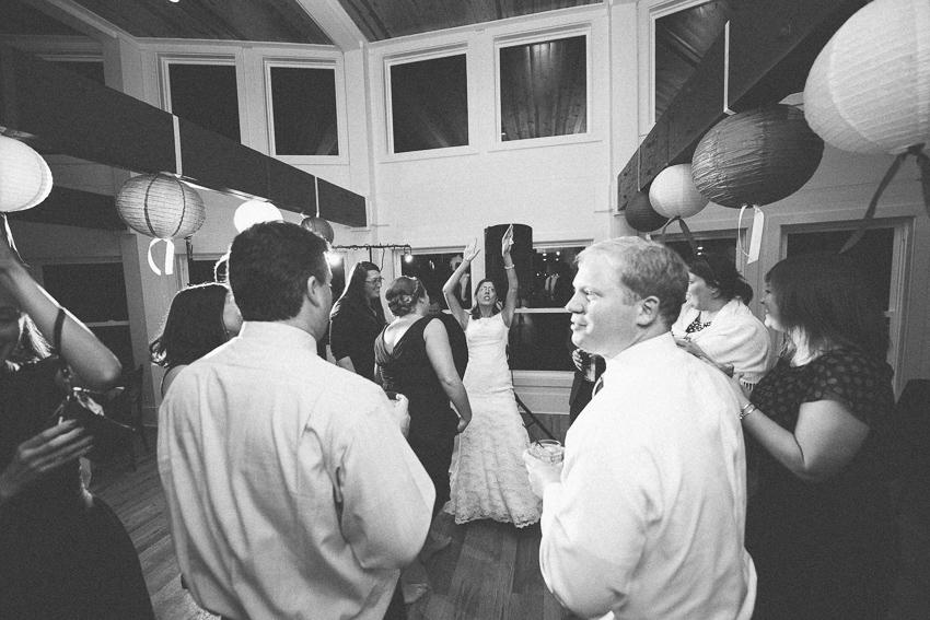 Shem-Creek-Charleston-SC-Wedding-Photography-12.jpg