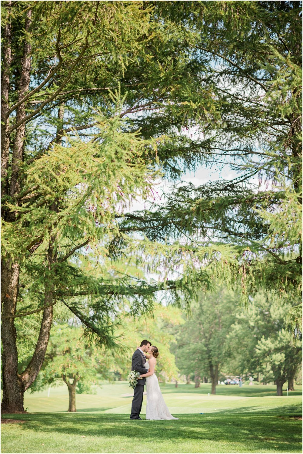 Wisconsin-Wedding-Photographer-Reedsburg-Country-Club-Kaela-and Matt-Wedding-239.jpg