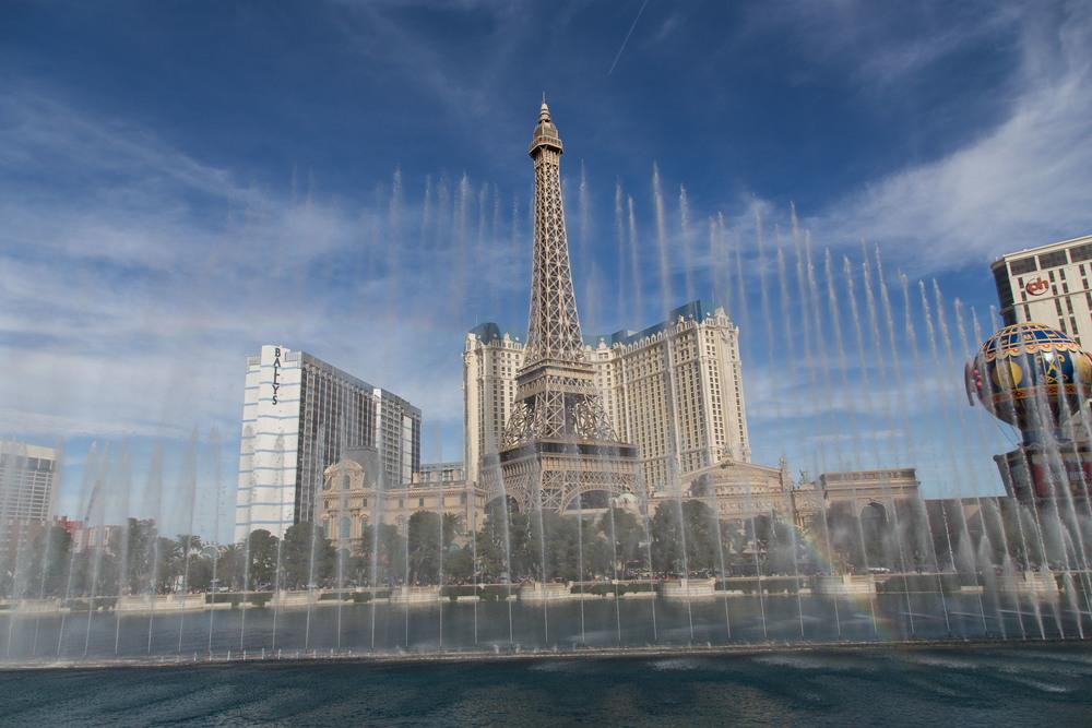 Vegas Fountain.jpg