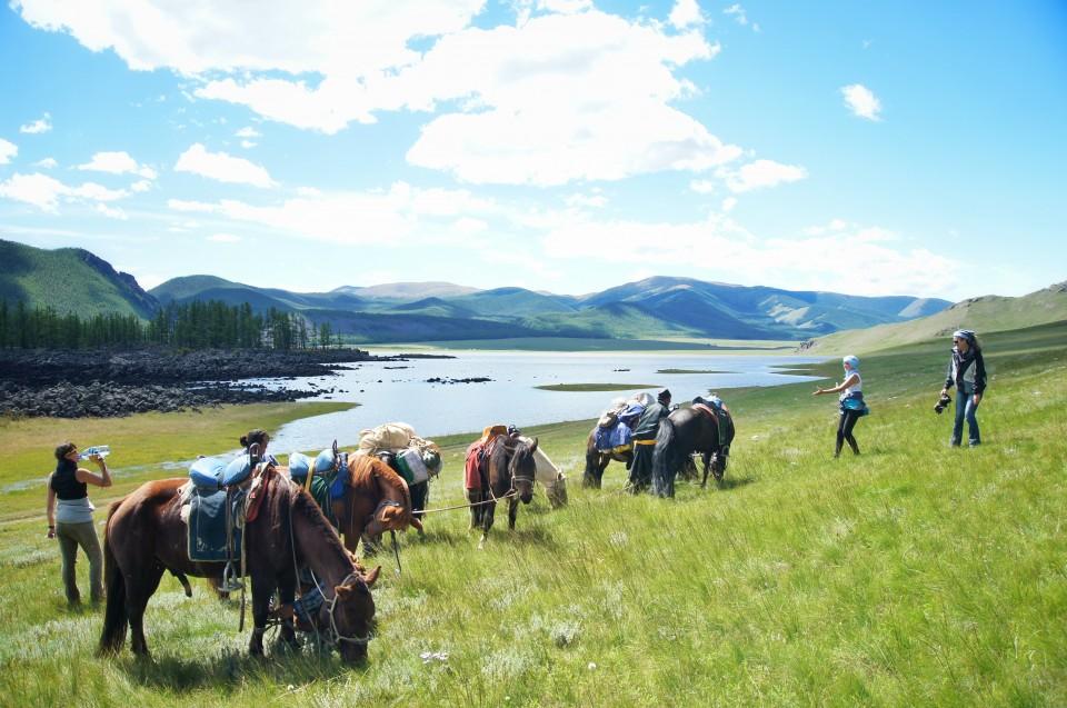 horse-riding-mongolia-1-960x637.jpg