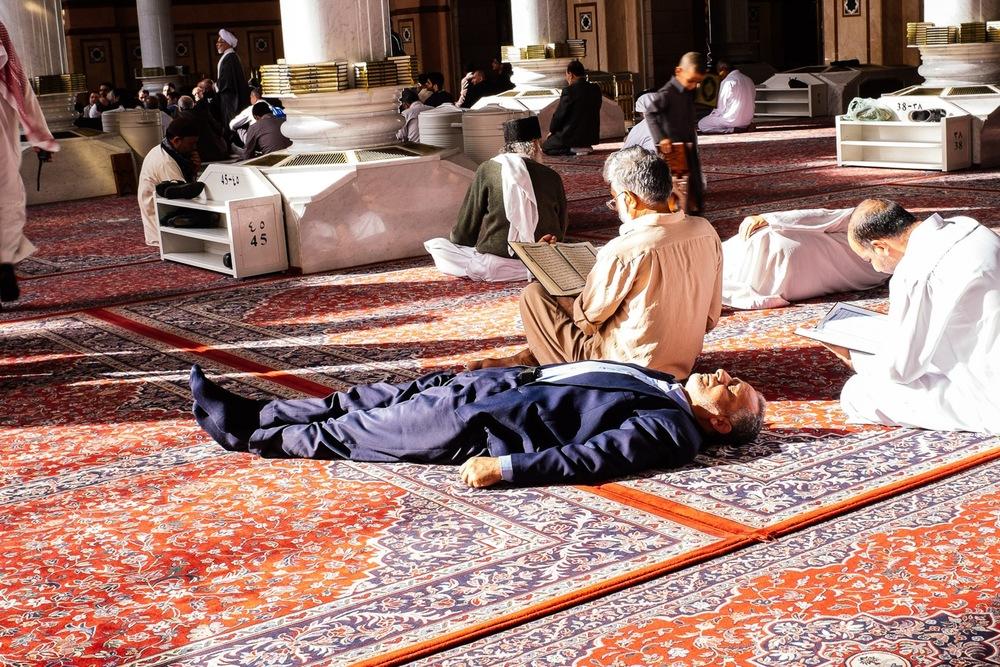eaa85d2c02dbad84-saudi-arabia-tanveer-badal-photography-3.jpg
