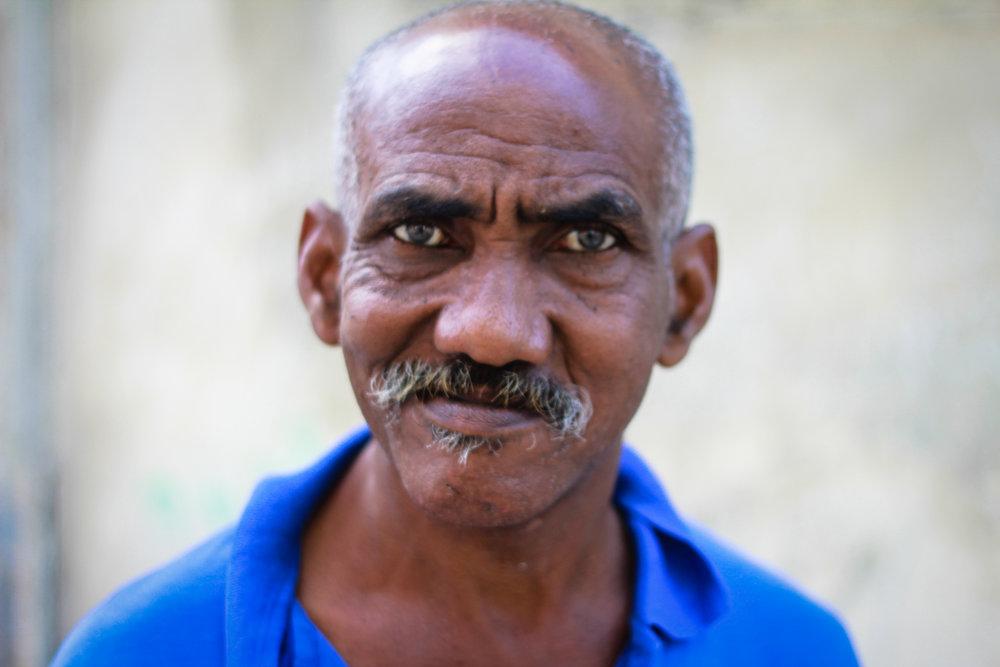 Cuba Man blue shirt 2 (1 of 1).jpg