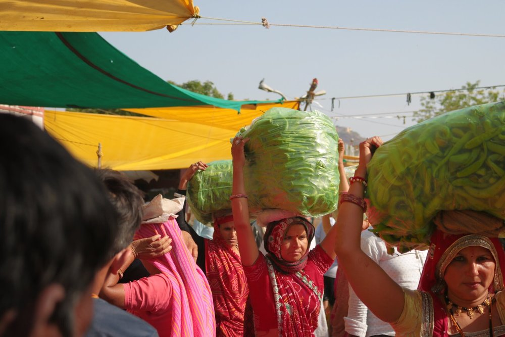 ladies carrying bananas.jpg