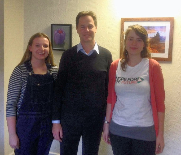 Campaign Intern, Laura (left) and Campaign Coordinator, Jo (right), meet with Nick Clegg to discuss climate change.
