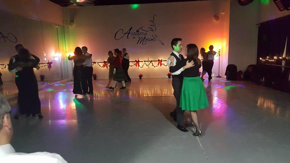 dancingg.jpg