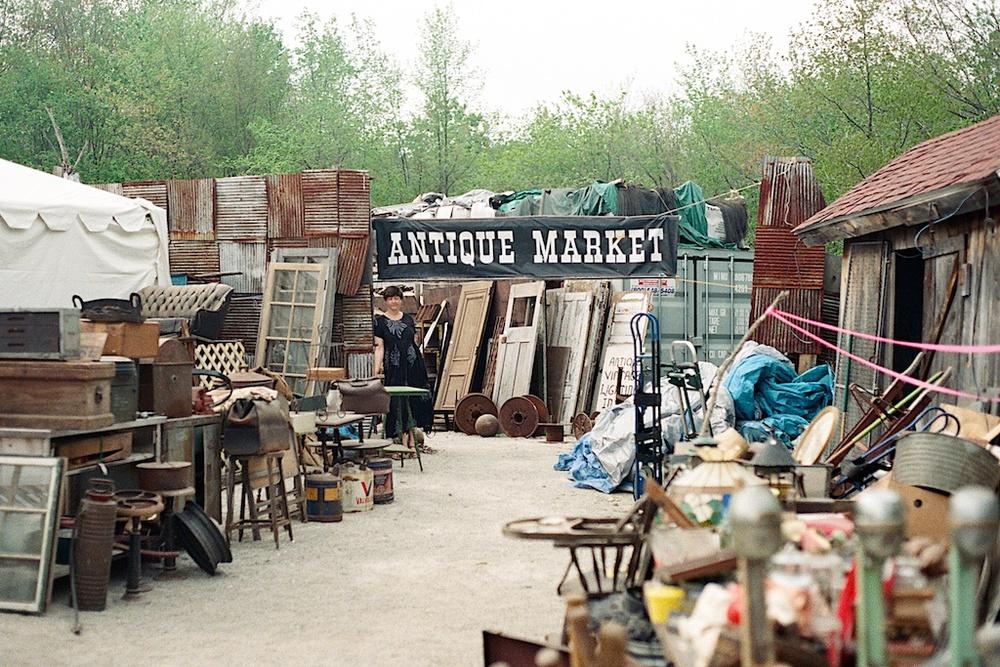 Brimfield Antique Flea Market Citizen Vintage