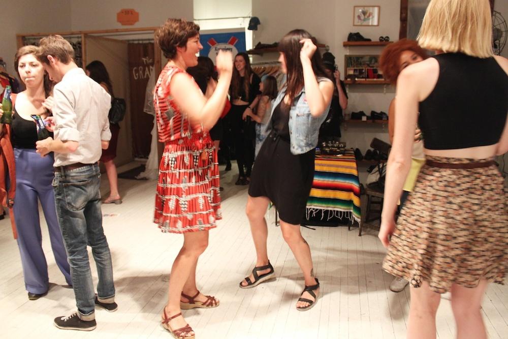 Dancin' machines!