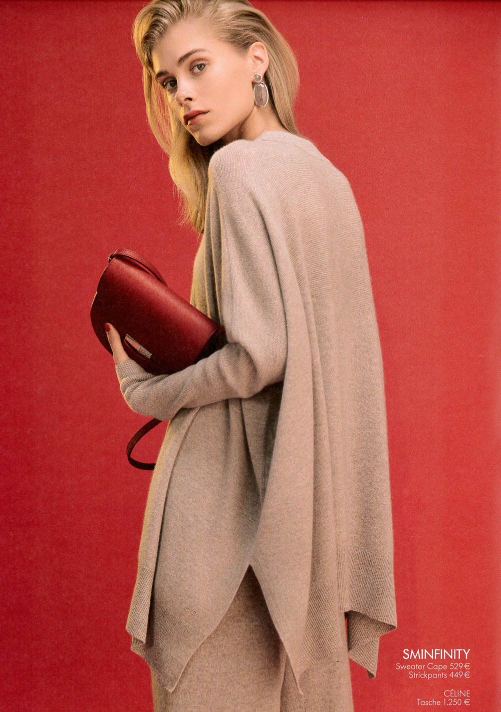 APROPOS, SMINFINITY Sweater Cape, Strickpants, CÉLINE Tasche