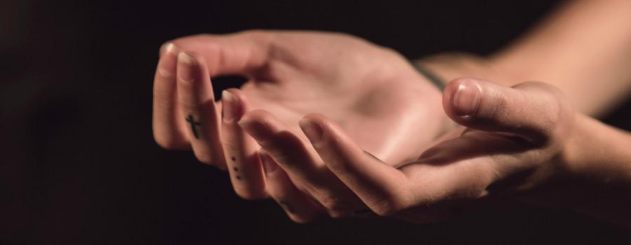 healing hands 900x350.jpg