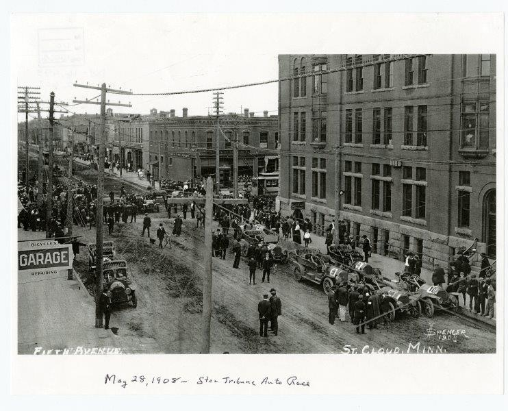 SHM 16466 - Minneapolis Tribune Auto Race Cars, 5th Ave South looking west and south, St Cloud (Minn), 28 May 1908.jpg