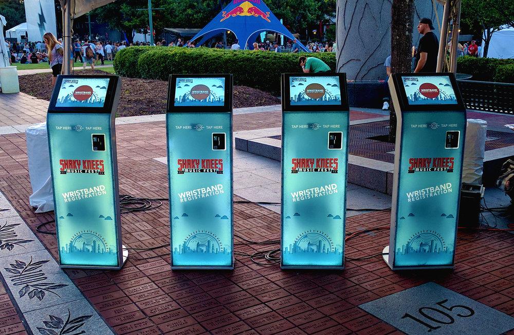 kiosk-edit-4.jpg