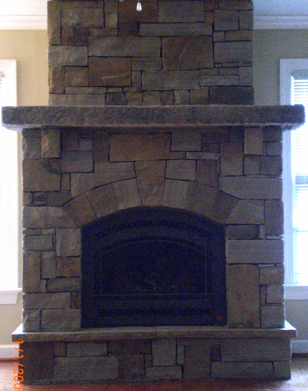 INDOOR FIREPLACE 2008 021.jpg