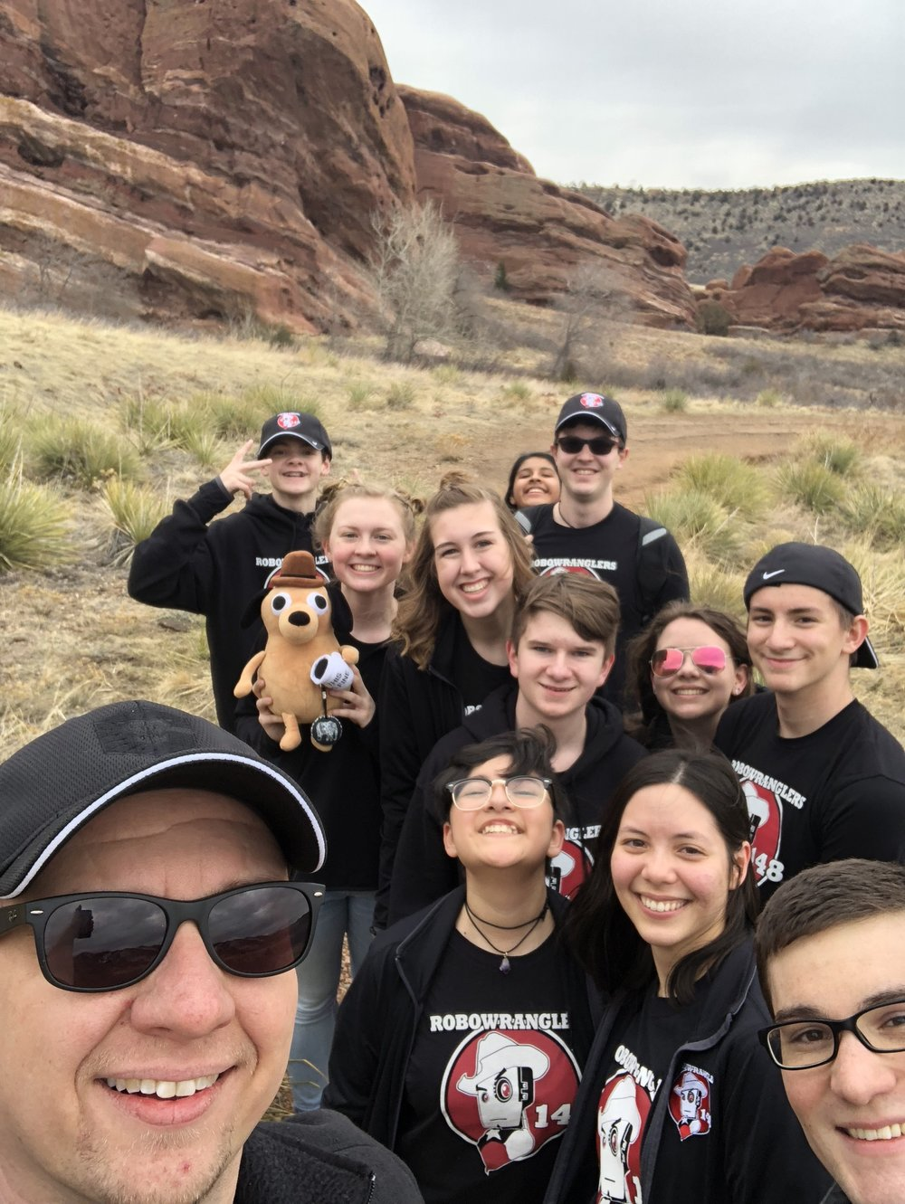 My traditional hiking selfie with the team.  Oilite came along with us.