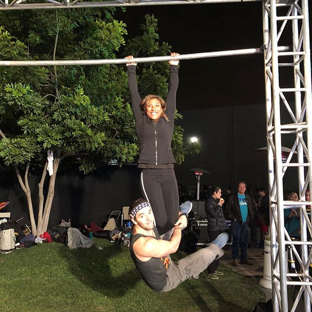 Don't forget to watch the USA vs. the World episode of @ninjawarrior tonight! @reallifeninja who's trying to help me get stronger in this photo, will be crushing the course along with many others!!! Nailed the dead hang, maybe a pull up next time?