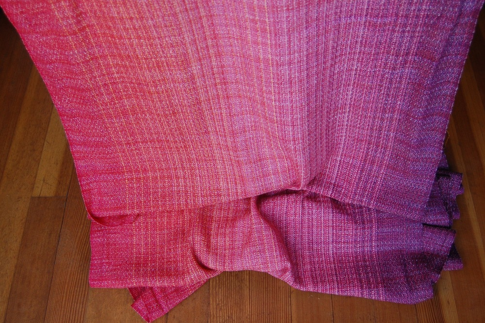 Sample wrap with Phydeaux Nectar merino/silk weft