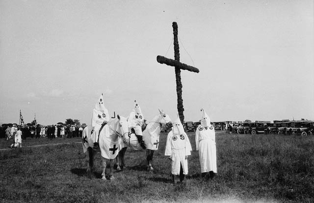Ku Klux Klan members in Kingston, Ont., 31 July 1927. John Boyd / Library and Archives Canada / PA-087848
