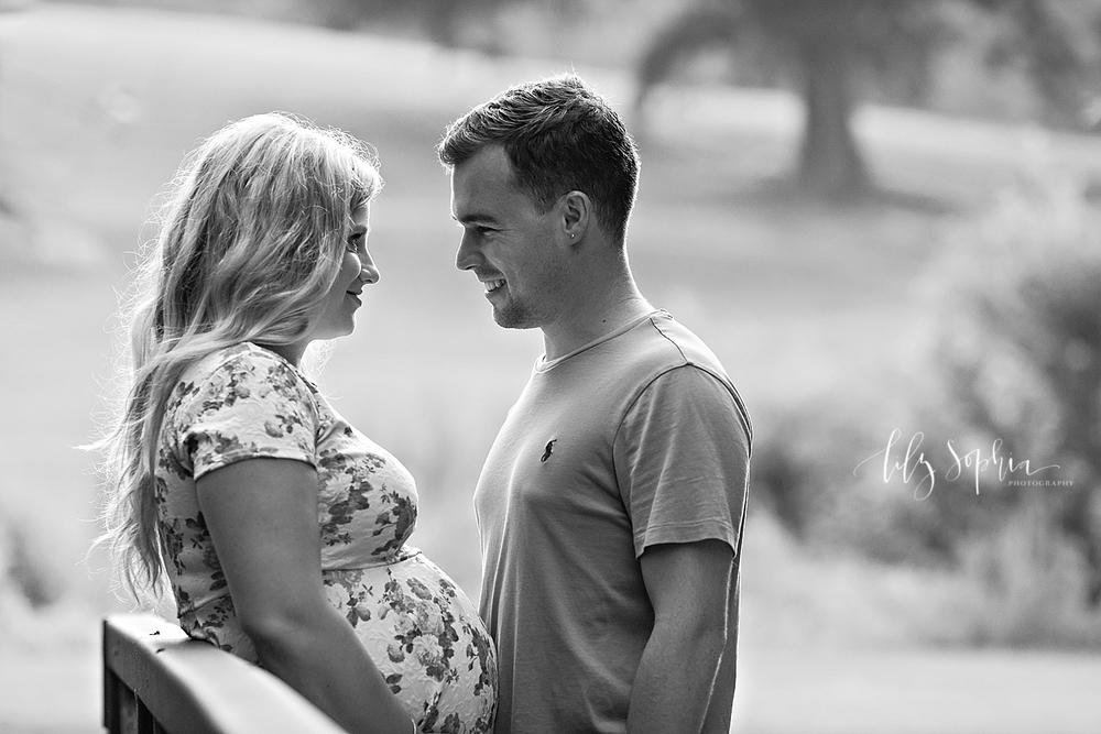 romantic-maternity-couples-photo-atlanta