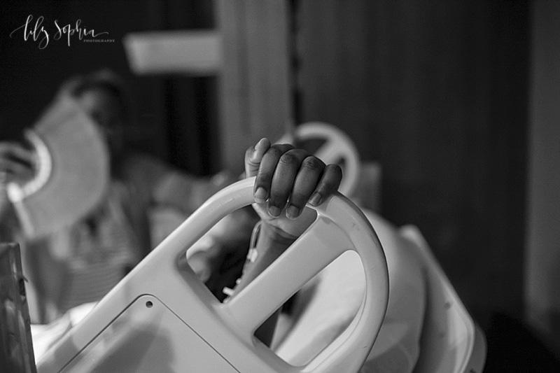 dekalb-medical-center-decatur-atlanta-natural-childbirth-labor-pushing-birth-photography