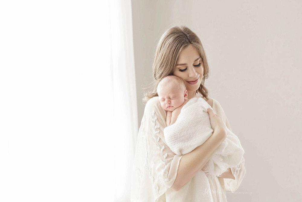 atlanta-georgia-natural-light-studio-grant-park-newborn-family-intimate-lace-indian-photographer-baby-girl_1238.jpg