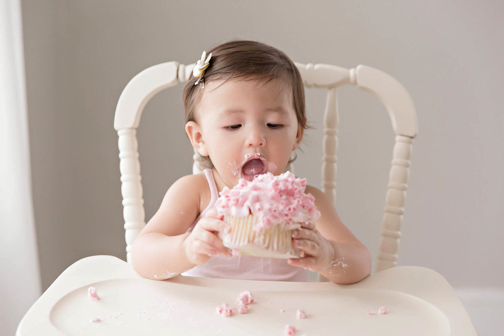 ATLANTA_SMASH_CAKE_FIRST_BIRTHDAY_BABY_PHOTOGRAPHY-19.jpg