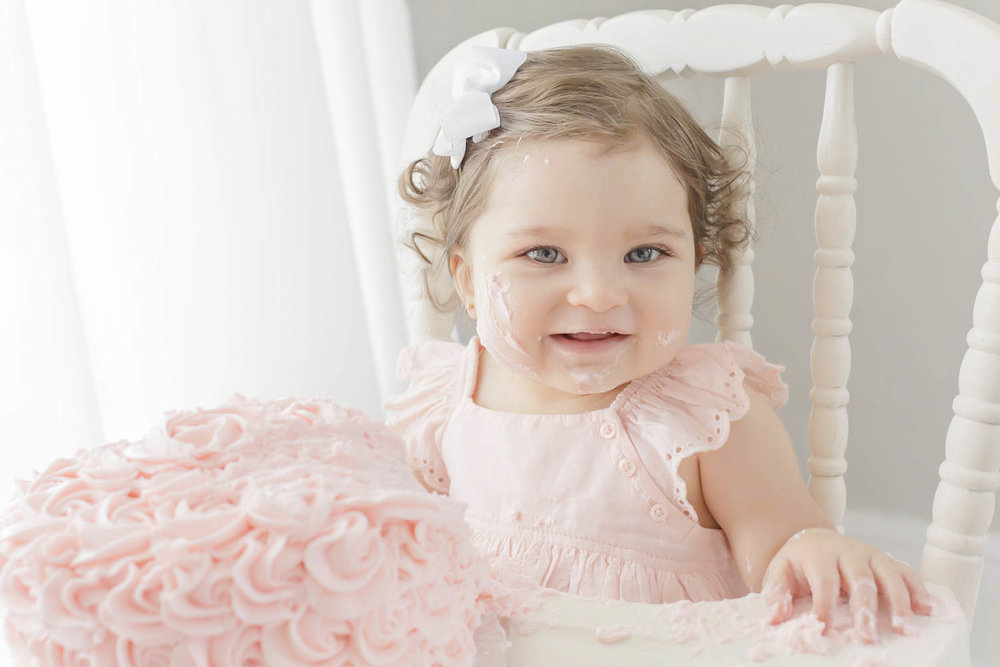 ATLANTA_SMASH_CAKE_FIRST_BIRTHDAY_BABY_PHOTOGRAPHY-43.jpg