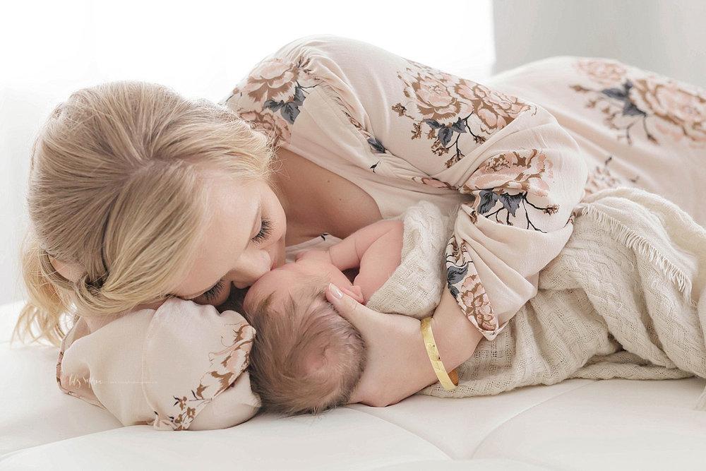 atlanta-georgia-natural-light-studio-grant-park-baby-family-newborn_2519.jpg