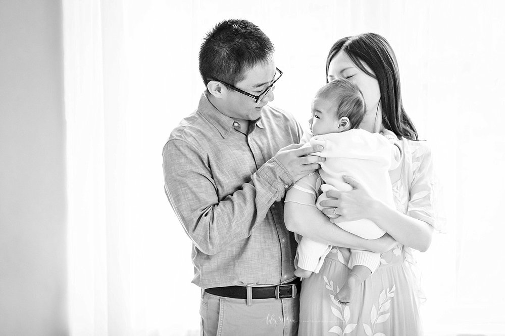 atlanta-georgia-natural-light-studio-grant-park-baby-family-newborn_2594.jpg