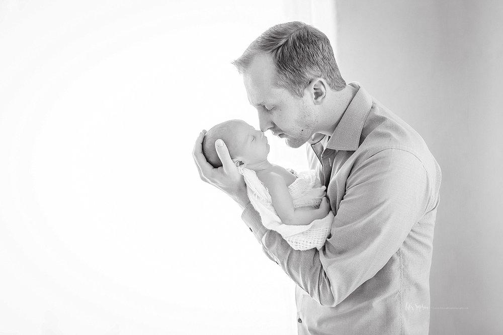 atlanta-georgia-natural-light-studio-newborn-baby-boy-family-brothers_2639.jpg