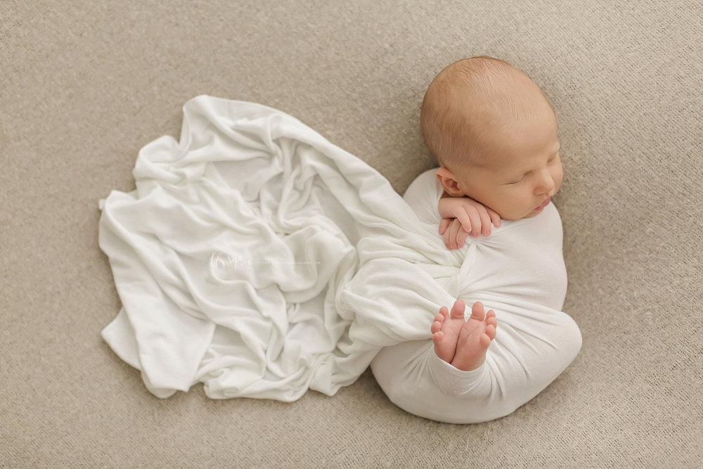 atlanta-georgia-natural-light-studio-newborn-baby-boy-family-brothers_2646.jpg