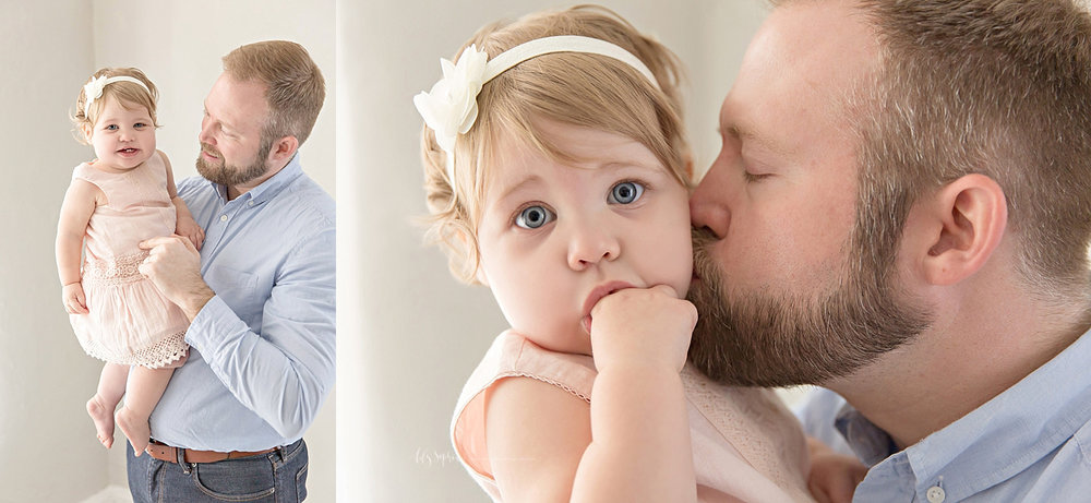 atlanta-georgia-natural-light-studio-intown-first-birthday-powder-springs-baby-girl-one-year-old-family-session-smash-cake_3072.jpg