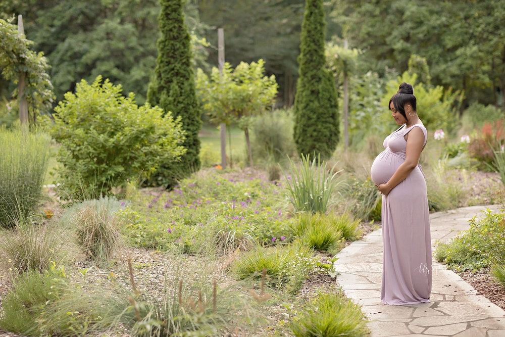 atlanta-buckhead-acworth-brookhaven-lily-sophia-photography-baby-maternity-photographer-maternity-portraits-outdoor-gardens-sunset-grant-park-intown-pregnant-expecting-baby-boy_0230.jpg