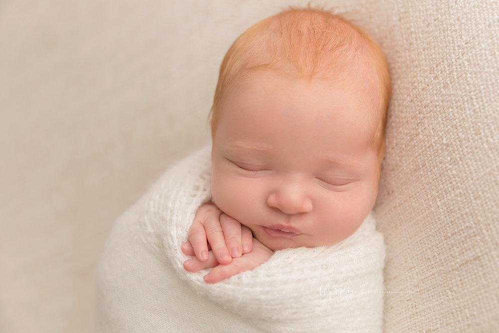 atlanta-buckhead-brookhaven-decatur-lily-sophia-photography--photographer-portraits-grant-park-intown-newborn-baby-boy-redhead_0043.jpg